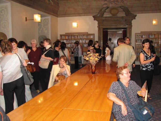 Součástí doprovodného programu byla i návštěva knihovny v Klášterním Hradisku, kde se uskutečnilo předávání cen