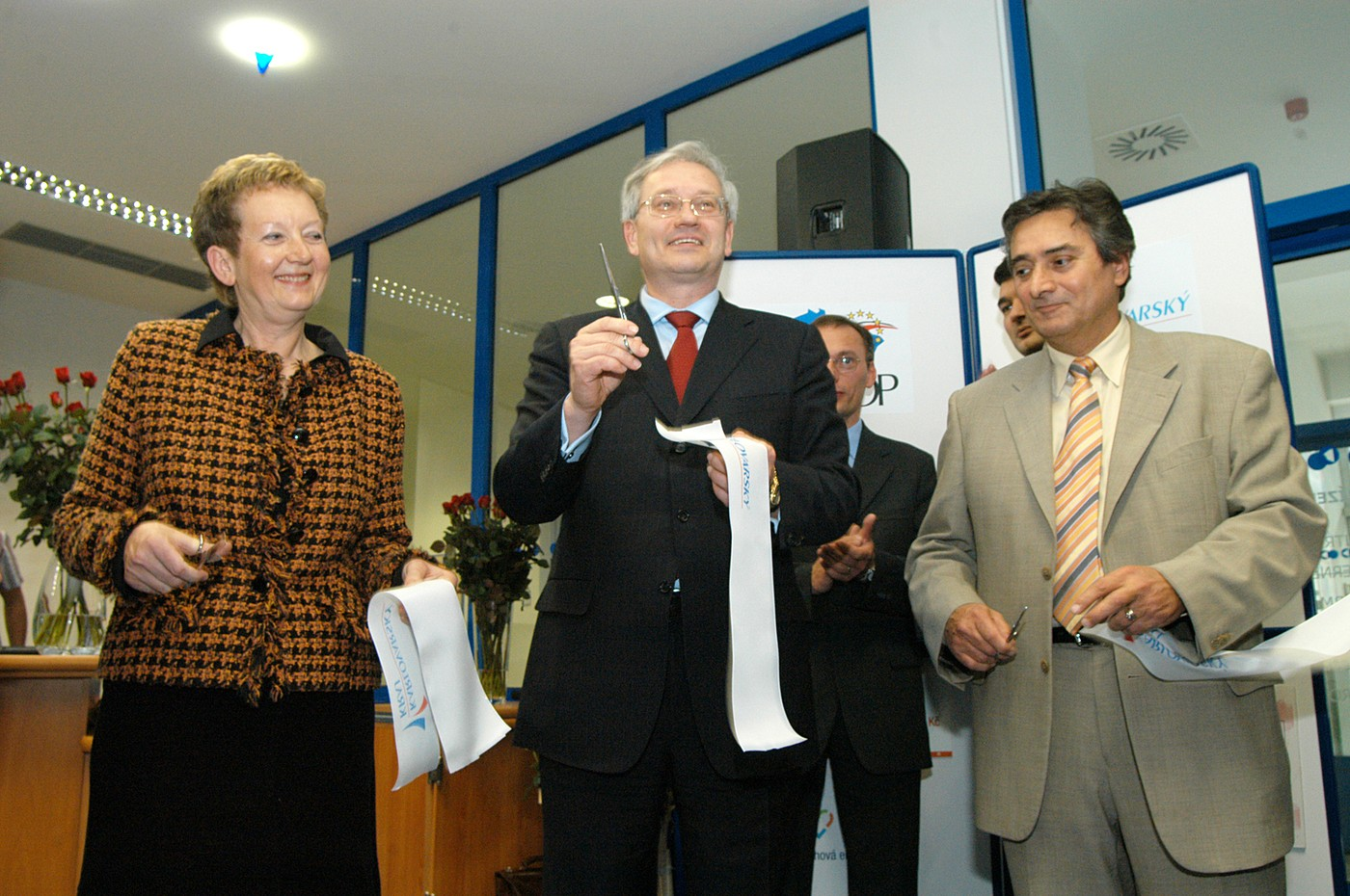 Slavnostní otevření nové budovy 1. 12. 2005